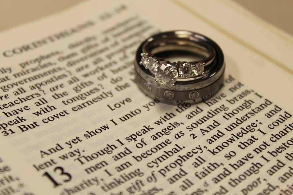 wedding-rings-3986708_960_720